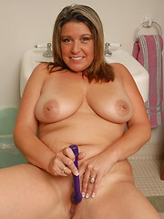 Chubby Angie gets men aroused